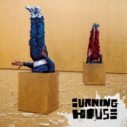 Burning House - Walking into a burning house : masterisé par Chab